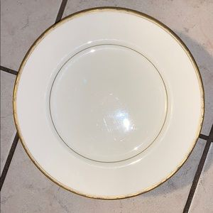 Real gold rimmed plates set of 10, great condition